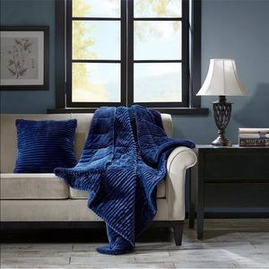 Premier Comfort Luxury Oversized Down Alt Throw